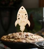 """Dein Cake-Topper """"Rakete"""" aus Holz - Wunschtext"""