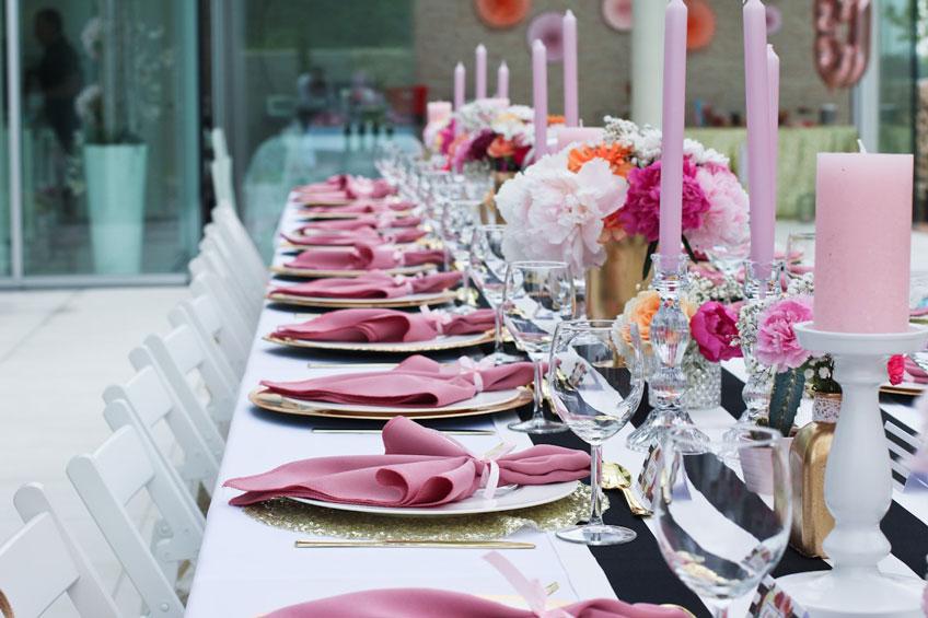 Geburtstags Dinner Im Kate Spade Stil In Schwarz Weiss Und Pink