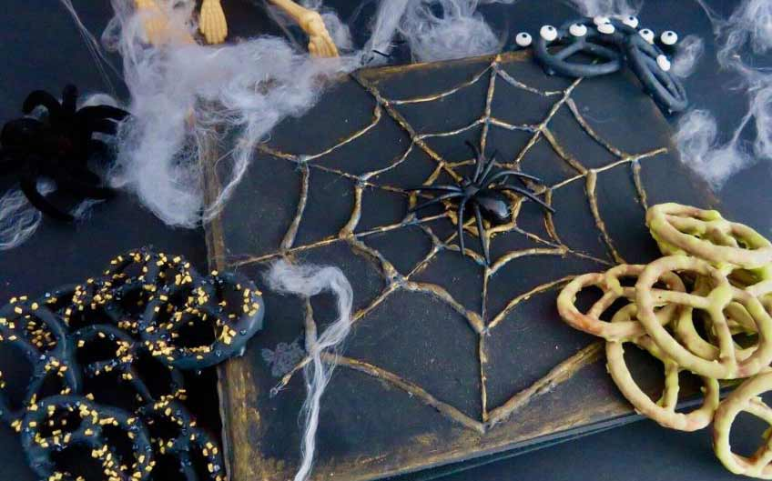 Basteln und Spielen zu Halloween mit Kindern (c) Kreatives Allerlei
