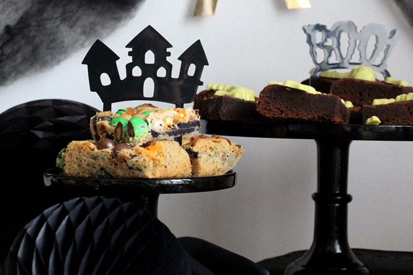 Kuchengeflüster für Geisterhausfans - gespenstisch coole Cake Topper fürs Halloween Buffet