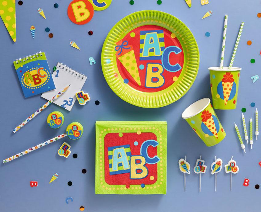 Schön dekoriert könnt ihr die Einschulung eures Kindes perfekt feiern.