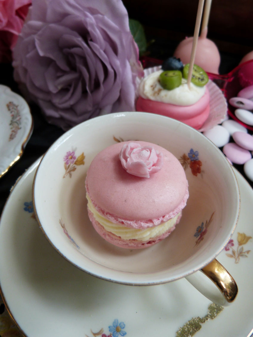 Romantische Tea Party in der Biskuitwerkstatt | Pink Dots Partystore ...