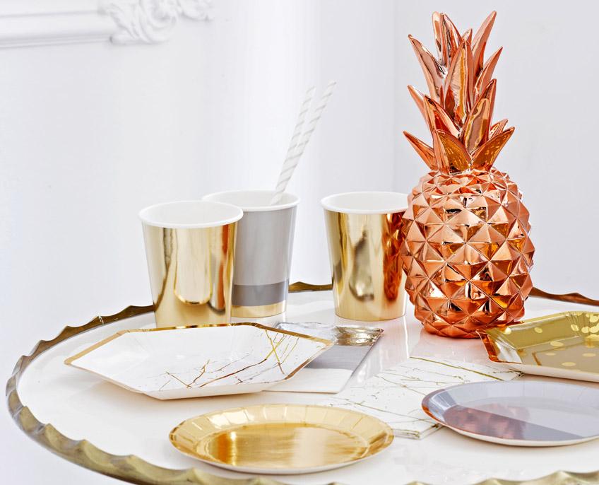 Elegant und glänzend: Ananas als Partydeko und für euer Zuhause