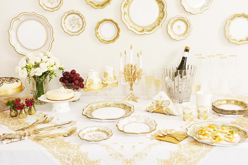 So elegant kann euer Tisch mit dem Party-Porzellan aus unserem Shop aussehen!