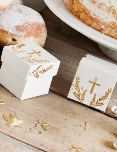 Binde für die Kommunion die bekannten Symbole in deine Deko ein
