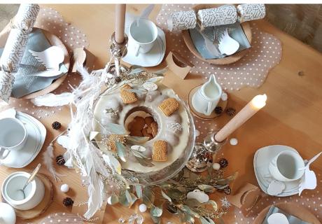 Wer Silvester nachhaltig und zu Hause feiert, kann trotzdem schön dekorieren (c) lxoxnxdxoxn