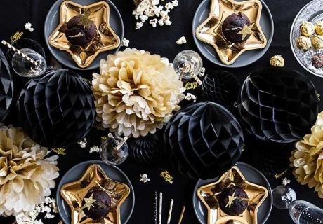 Silvester für Erwachsene - perfekte Deko für dein Feststagsdinner mit Freunden