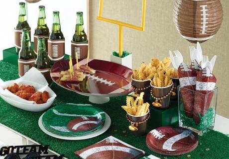 Bei eurer Super Bowl Party darf ein Snack Table nicht fehlen.