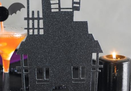 Mysteriös und geheimnisvoll: das Spukhaus für eure Halloween-Party