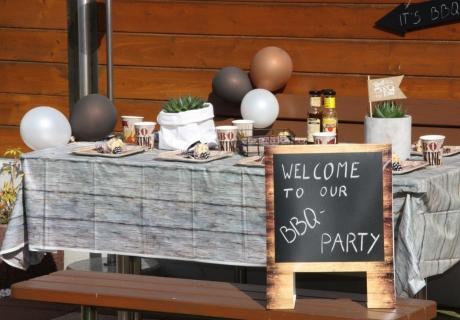 kreativer halloween sweet table f r spukschloss begeisterte pink dots partystore deko blog. Black Bedroom Furniture Sets. Home Design Ideas