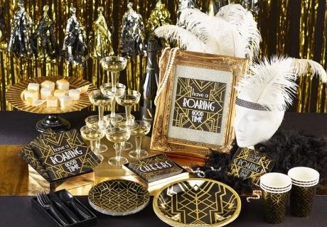 Feier deine Party pompös im 20er-Jahre-Stil