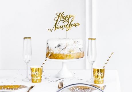 Setze zu Silvester coole Neujahres-Statements in goldener Schrift