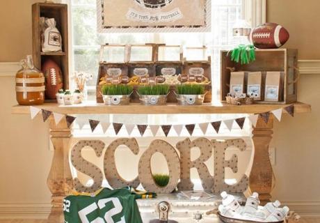 Ein Sweet Table im rustikalen Look zaubert Eleganz auf eure Football Party.