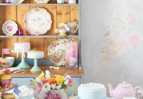 Truly Scrumptious ist das Teeparty-Dekor für alle, die nostalgische Designs mögen